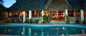 arusha lodge splendida piscina